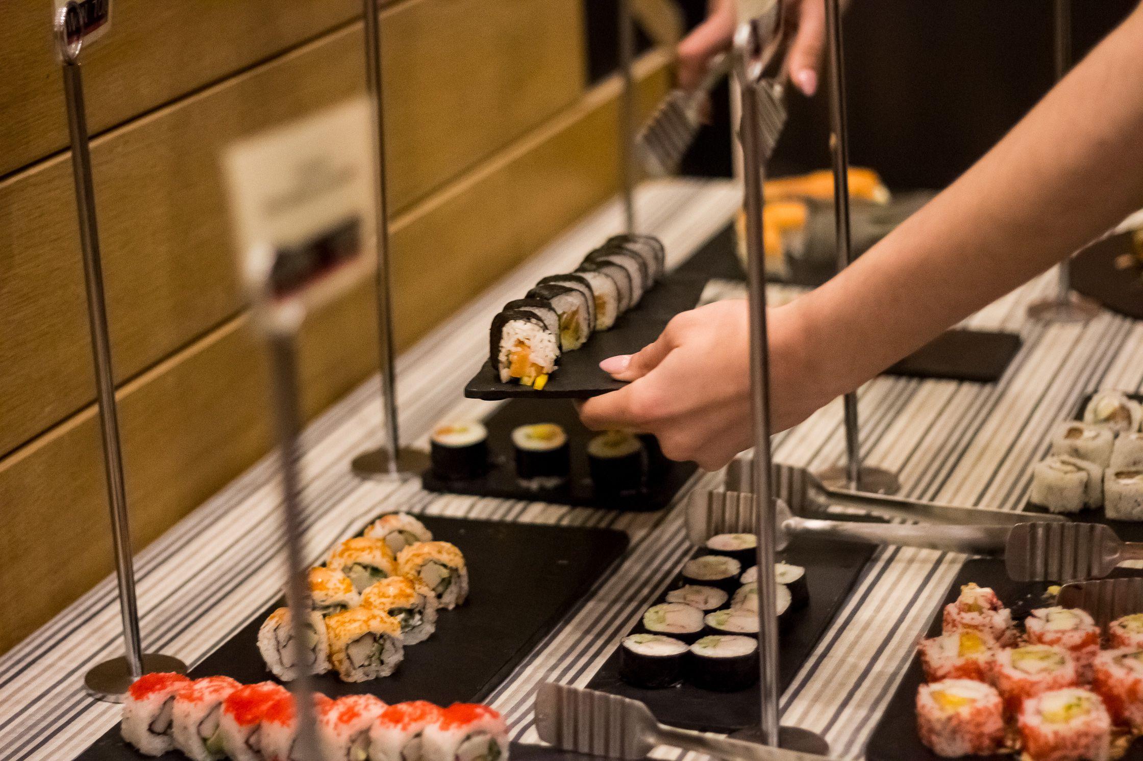 Κάθε Τετάρτη από τις 19:30 μέχρι τις 23:00 Sushi μπουφέ με 18€/άτομο στο Ασιατικό Εστιατόριο Won Ton - ιαπωνικο φαγητο - σουσι